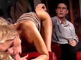 Gorgeous blond lady get sticky facial after double fucking