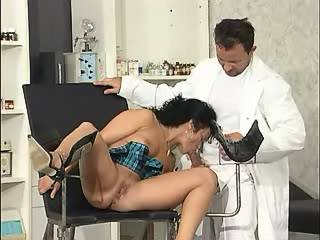 Pregnant beauty gets cum from doctor after blowjob